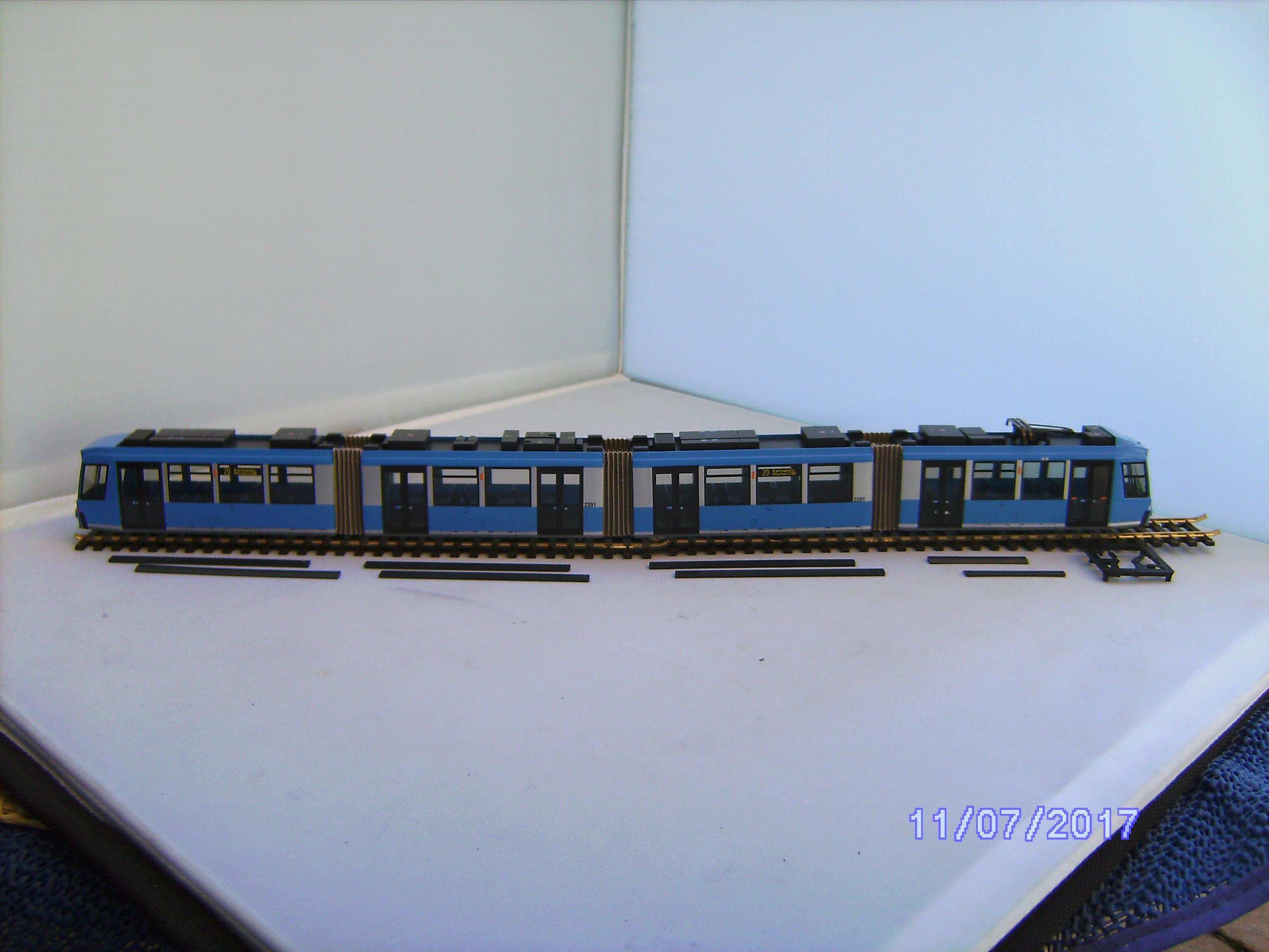 Adtranz Straßenbahn 1:87 H0